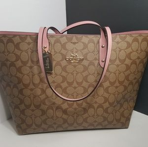 NEW!Authentic Coach Large Signature Tote